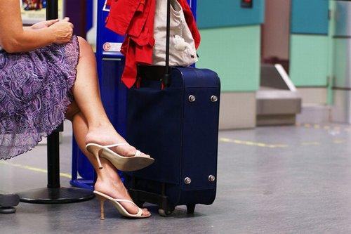 500_vacanza-rovinata-latina-valigia-aeroporto-476222