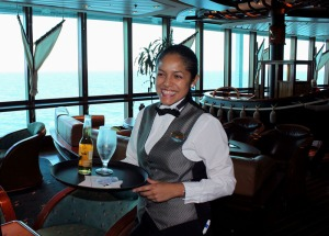 Cruise-ship-crew-