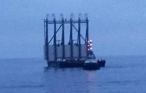 Concordia: al Giglio primo cassone per rigalleggiamento nave