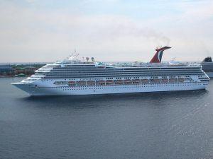 800px-Carnival_Conquest_cruiseship