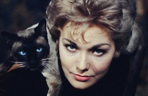 kim-novak-queen-mary-2