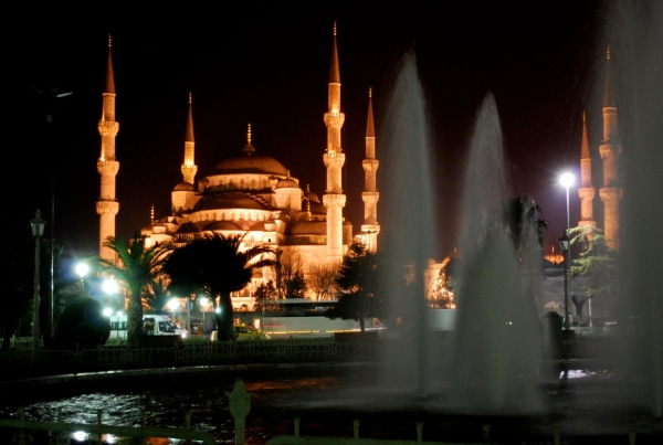 Blue_Mosque_at_Night