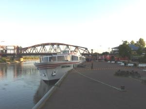 brittania-river-ship