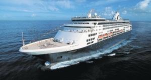 ms Veendam at Sea