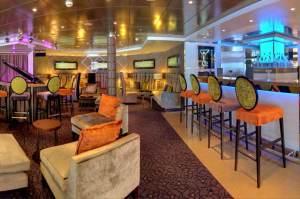 Volendam-1-Ocean-Lounge-Bar-4