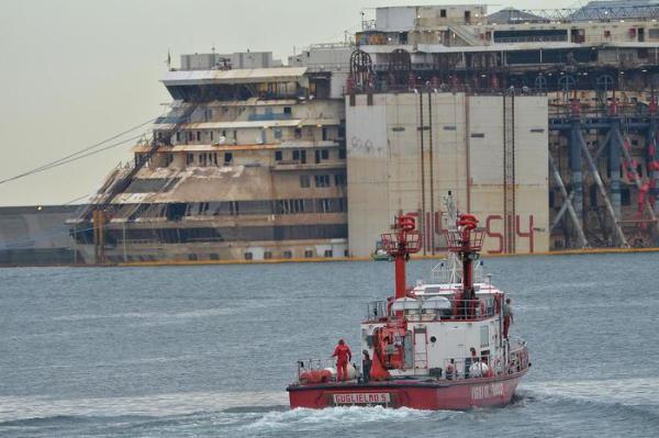 Concordia: in scafo relitto sommozzatori Gos e speleo Vvf