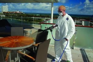 spraying-cruise-deck-hi-res-304xx1800-1200-167-0